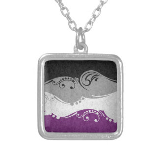 Collier Drapeau ornemental asexuel