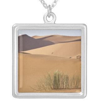 Collier Dunes de sable, désert du Sahara, Maroc