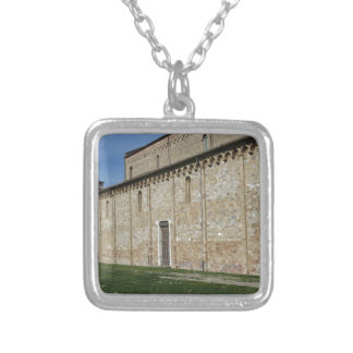 Collier Église catholique de basilique de San Pietro