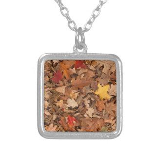 Collier Feuille d'automne