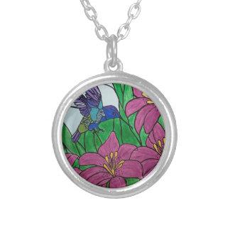 Collier Fleurs d'oiseau de ronflement