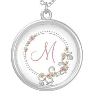 Collier floral de monogramme