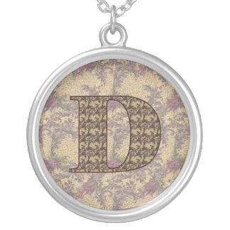 Collier floral élégant initial du monogramme D