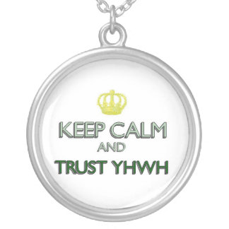 Collier Gardez la confiance calme YHWH