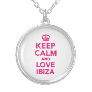 Collier Gardez le calme et aimez Ibiza