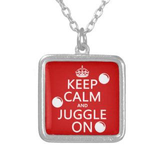 Collier Gardez le calme et le jonglez sur (dans toute