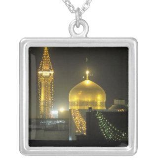 Collier Golden Dome du complexe de tombeau d'Imam Reza à