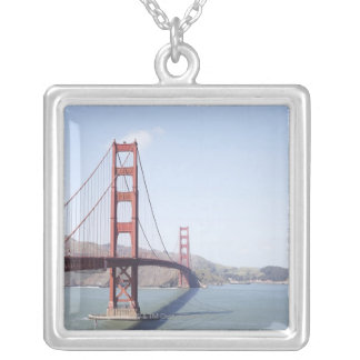 Collier Golden gate bridge