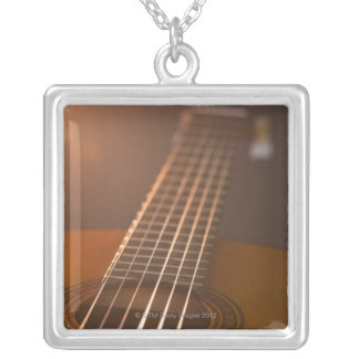 Collier Guitare acoustique 7