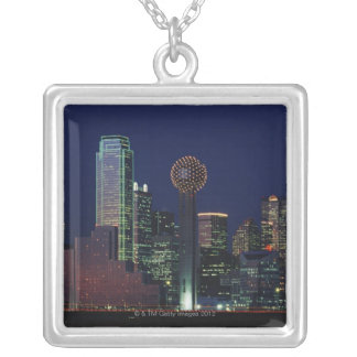 Collier Horizon de Dallas la nuit