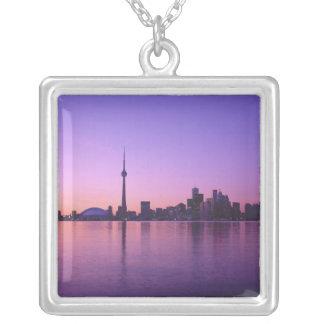 Collier Horizon de Toronto la nuit, Ontario, Canada