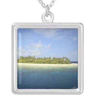 Collier Île de Baughagello, atoll du sud de Huvadhoo, 3