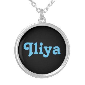 Collier Iliya