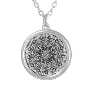 Collier Illusion optique de griffonnage fleuri de zen