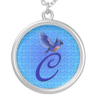 Collier initial d'oiseau bleu du monogramme C