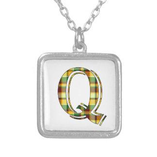 Collier Initiale de plaid de Q
