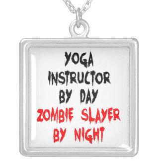 Collier Instructeur de yoga de tueur de zombi