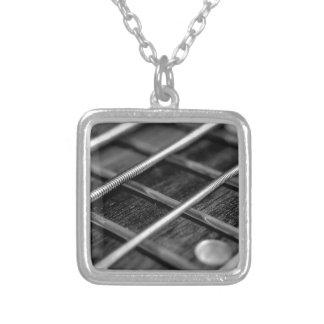 Collier Instrument de bruit de roche de musique de guitare