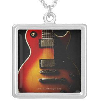 Collier Instruments de guitare