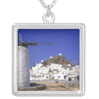 Collier IOS, Grèce. Le beautful et croquant, blanc et