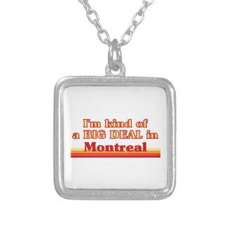 Collier Je suis un peu une affaire à Montréal