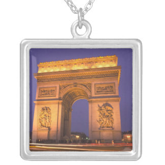 Collier La France, Paris, Arc de Triomphe au crépuscule