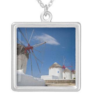 Collier La Grèce, îles de Cyclades, Mykonos, vieux moulins
