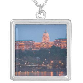 Collier La HONGRIE, Budapest : Pont (à chaînes) de