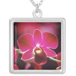 Collier La Malaisie, orchidée