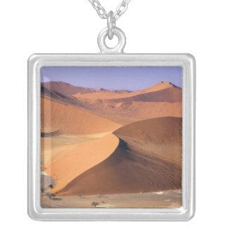 Collier La Namibie : Dunes de Sossuvlei, scénique aérien