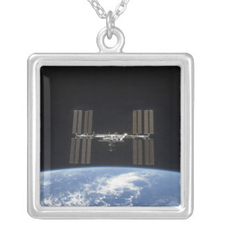 Collier La Station Spatiale Internationale 10