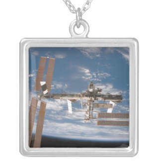 Collier La Station Spatiale Internationale 17