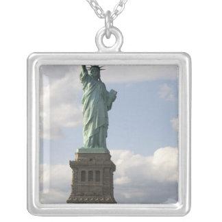 Collier La statue de la liberté sur l'île de liberté dans