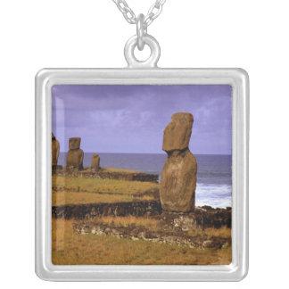 Collier La statue de Moai de plate-forme de Tahai