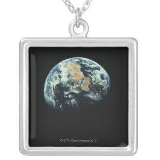 Collier La terre 15