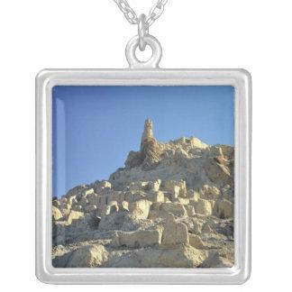 Collier L'Afghanistan, vallée de Bamian. La légende