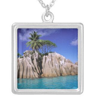 Collier L'Afrique, Seychelles, île de Digue de La. Granit