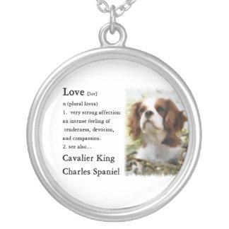 Collier L'amour cavalier d'art d'épagneul du Roi Charles