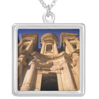 Collier L'Asie, Jordanie, PETRA. EL Deir, le monastère