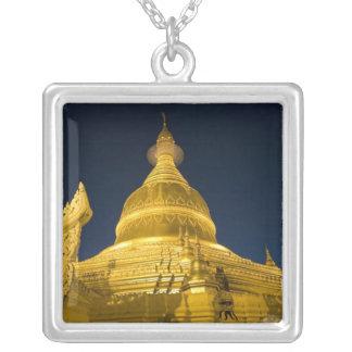 Collier L'Asie, Maynmar, Yangon, temple bouddhiste à