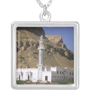 Collier L'Asie, Yémen, le Tarim. Mosquée blanche