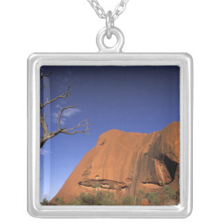 Collier L'Australie, parc national d'Uluru Kata Tjuta,