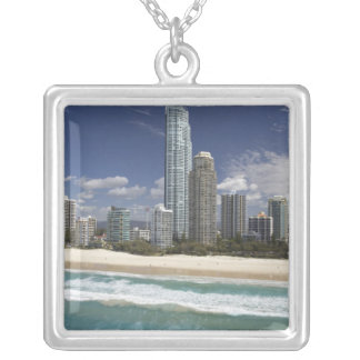 Collier L'Australie, Queensland, la Gold Coast, surfers