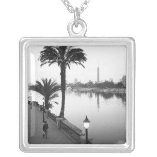 Collier Le Caire Egypte, le long du Nil