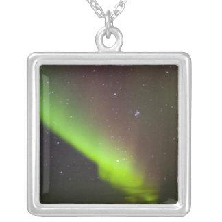 Collier Le Canada, Manitoba, Churchill. L'aurore Borealis
