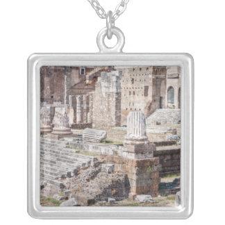 Collier Le forum d'Augustus est un des impériale
