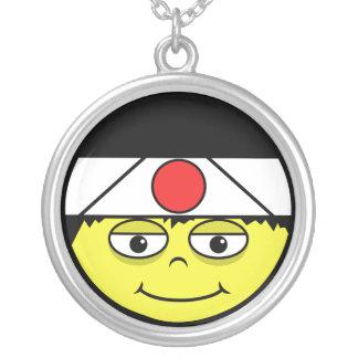 Collier Le Japon font face