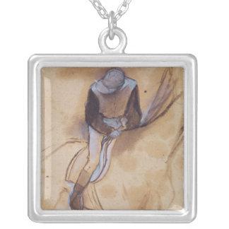 Collier Le jockey d'Edgar Degas | a fléchi la position en