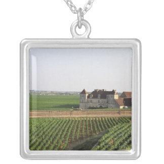 Collier Le monastère du 16ème siècle de Clos de Vougeot et