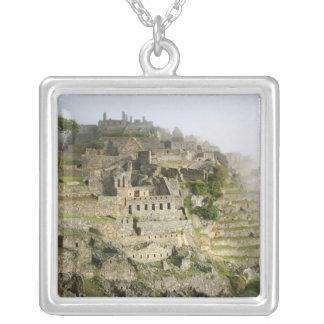 Collier Le Pérou, Machu Picchu. La citadelle antique de